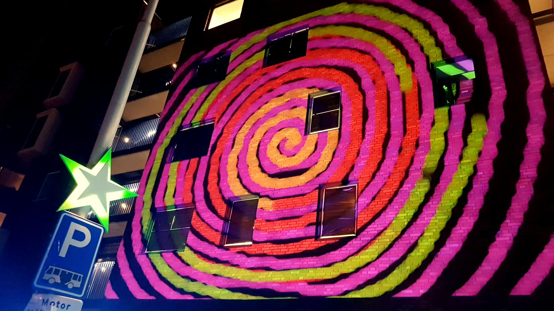 interactive video mapping GLOW