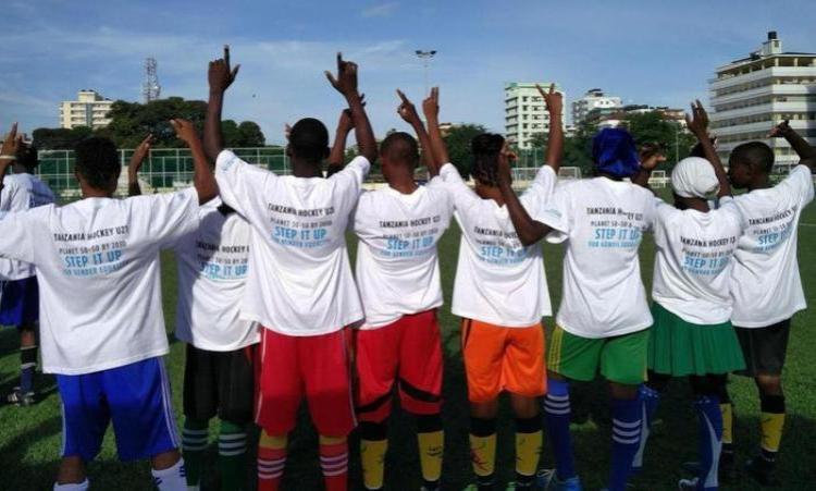 TWENDE Hockey - Social & Economical Africa