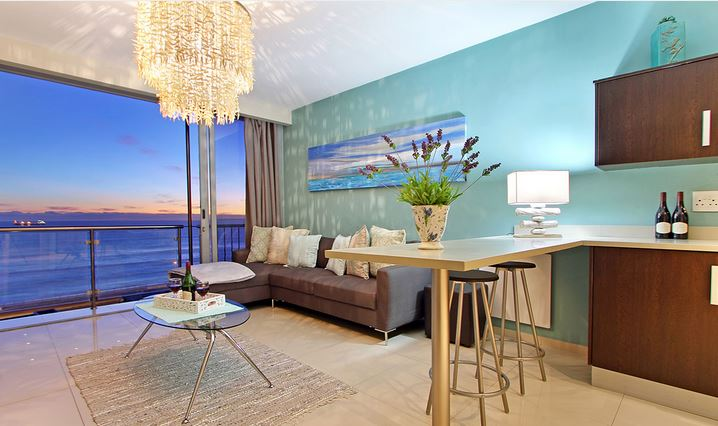 Bloubergstrand accommodation beachfront